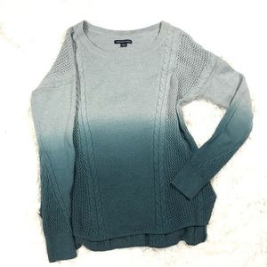 🌼3/$25 American Eagle Ombré  Knit Sweater